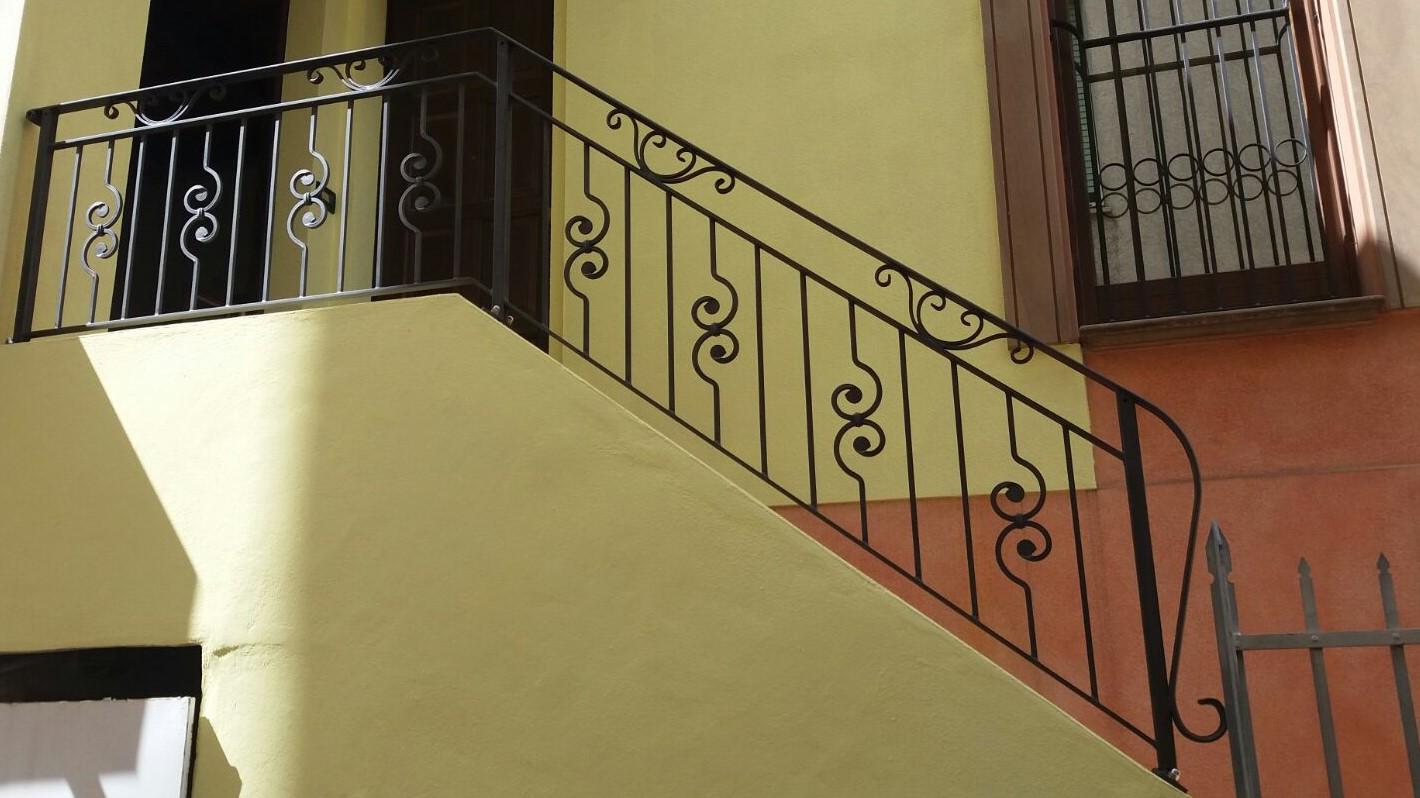 Ringhiere In Ferro Usate cancelli, ringhiere recinzione, parapetti balconi, scale