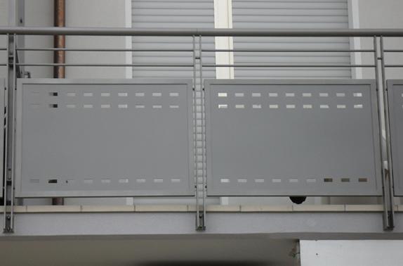 ringhiere per balconi ringhiere : Giovanardi ringhiere di recinzione, cancelli, parapetti per balconi ...